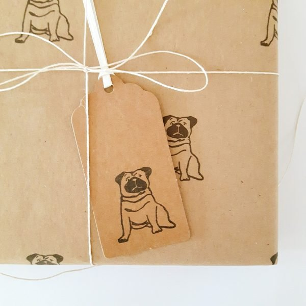 pug gift wrapping idea - close up of pug gift tag