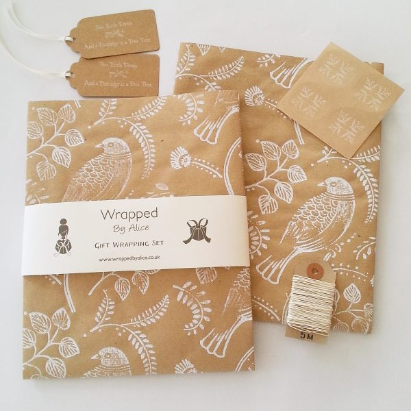 turtle dove christmas gift wrapping set