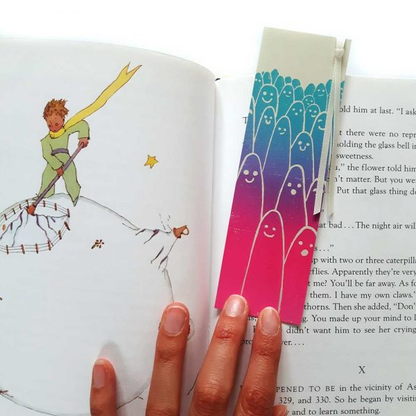 aliens bookmark in open book