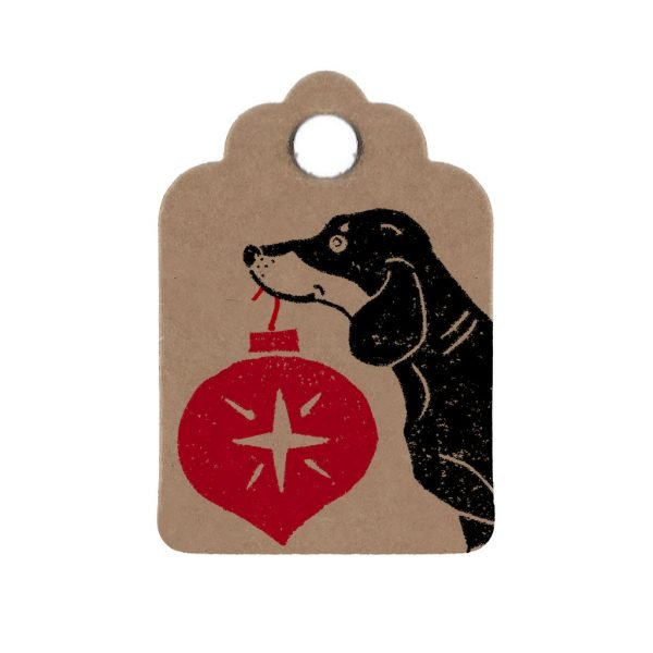mini kraft gift tag with dachshund holding red bauble