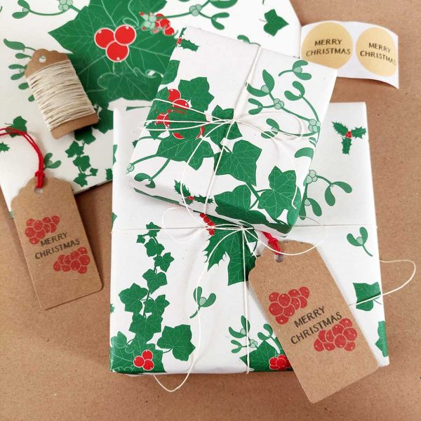 holly and ivy christmas gift wrapping set